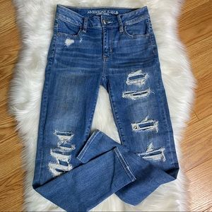 American Eagle High Rise Jegging Size 0 Distressed